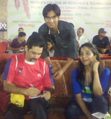 A moment with AMAN VERMA and R.J AASHI 94.3MY FM